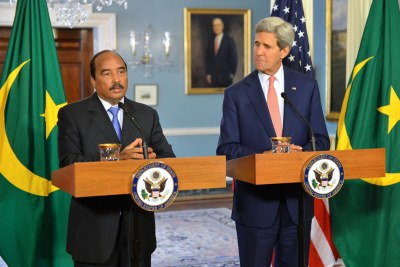 President Mohamed Ould Abddel Aziz of Mauritania with U.S. Secretary of State John Kerry