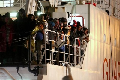 The Gregoretti arrives in the Sicilian capital, Palermo, carrying more than 1,000 refugees and migrants who were rescued from the Mediterranean.