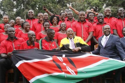 President Uhuru Kenyatta poses with Kenya's Rio Olympics team at State House.