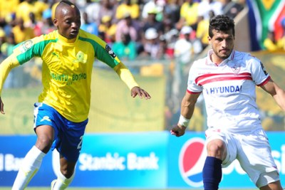 Khama Billiat of Sundowns fights for the ball against Egyptian defender.