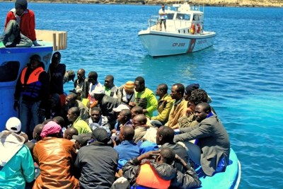 A boat carrying sub-Saharan African migrant workers arrives in Lampedusa from Tripoli (file photo).
