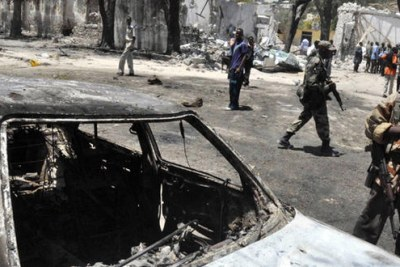 (Image d'archives) - Un attentat suicide au véhicule piégé devant un bâtiment officiel de Mogadiscio a coûté la vie à au moins 65 personnes.