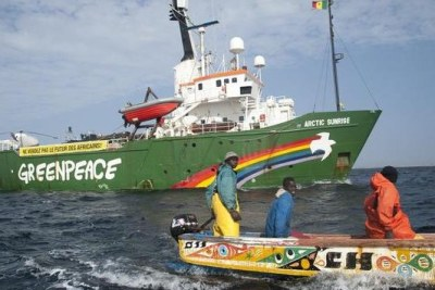 Greenpeace helps tackle overfishing in West Africa.
