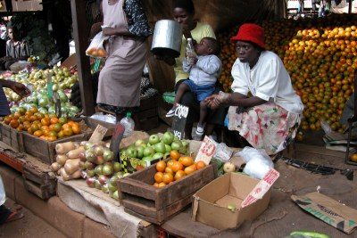 A fresh produce market in Mbare, Harare.
