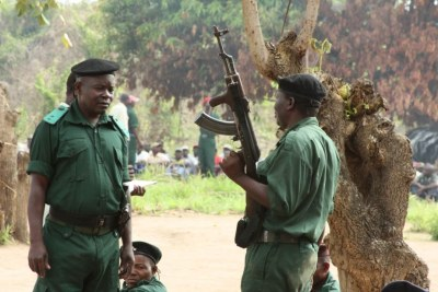 Renamo militants at a remote bush camp near Mozambique's Gorongosa mountains (file photo).
