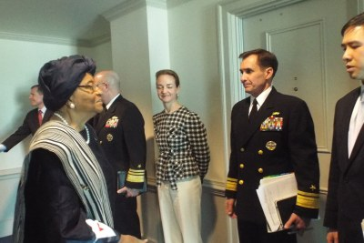 President Sirleaf being received at the U.S. Department of Defense