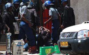 Heurts entre partisans de l'opposition et forces de l'ordre au Zimbabwe