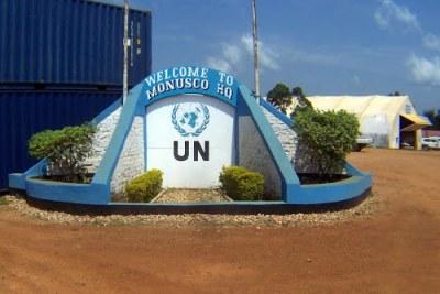 Devant le quartier général de la MONUSCO à Beni (Nord-Kivu)