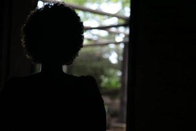 Une jeune femme victime de viol (Illustration)