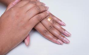 Fake Nails, Eyelashes Banned in Tanzanian Parliament