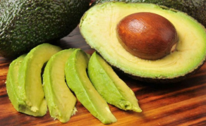 Kenyan Avocado Addicts to Make a Killing