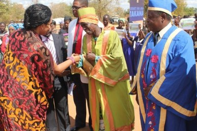 Traditional Authority Mwanza (centre) greets Queen Mother Best Kemigisa of Uganda's Toro Kingdom.