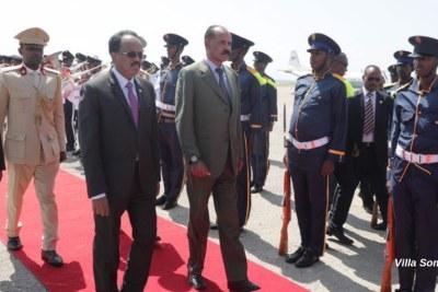 Eritrea's president Isaias Afwerki has met President of the Republic of Somalia