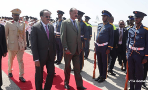 Eritrean President Visits Somalia, Hopes to Revive Ties