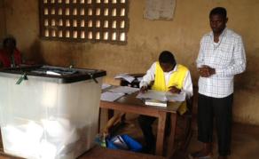 Jour de vote pour les élections législatives. au Togo
