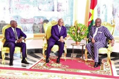 Le Chef de l'Etat, Roch Marc Christian Kaboré, a successivement reçu en audience, le lundi 13 mai 2019 à Kosyam, le président de la commission de la CEDEAO, Jean Claude Kassi Brou et l'ambassadeur de l'Arabie Saoudite au Burkina Faso, Dr Waleed Ben Abdulrahaman Al Hamudi.