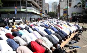 Kenyan Police Increase Mosque Security During Ramadan