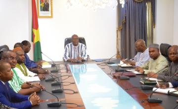 Début des travaux du dialogue politique au Burkina Faso