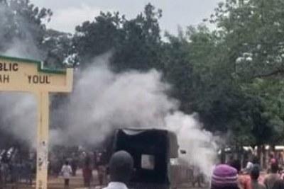 Violente manifestation à Pita