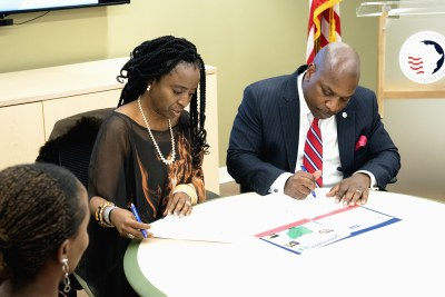 LSETF Board Chair Ifueko Omoigui Okauru and USADF President and CEO C.D. Glin signed the MoU for the agencies' new partnership.