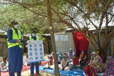 Reaching communities in Chad with COVID-19 safety message (file photo).