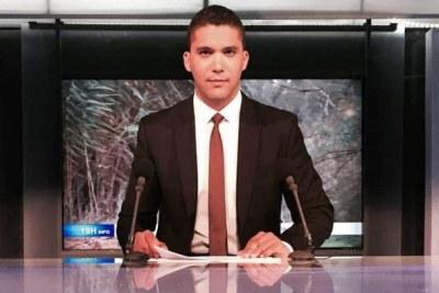 Le journaliste algérien Khaled Drareni a été condamné ce lundi 10 août 2020, à trois ans de prison ferme, par le tribunal de Sidi M'hamed à Alger selon l'avocat Nouredine Benissad, membre de son collectif de défense.