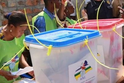 Électeurs dans un bureau de vote lors des élections en République centrafricaine. (photo d'archive)