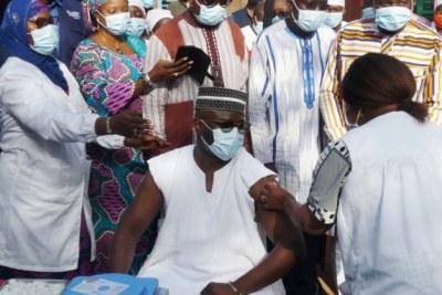 La campagne de vaccination contre la maladie à coronavirus a été lancée le 2 juin 2021 à Ouagadougou.