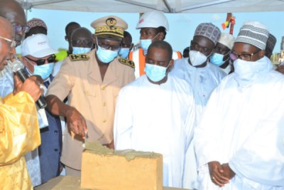 Lancement poste Sénélec à Touba par le directeur général, Pape Mademba Biteye, en présence du porte-parôle du khalif général des Mourides, Serigne Bass Abdou Khadre