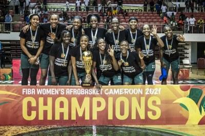 L'équipe du Nigeria, championne de l'Afrobasket féminin 2021